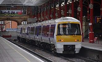British Rail Class 168 - Image: Marylebone station MMB 29 168003