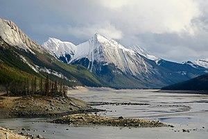 Medicine Lake (Alberta) - Image: Medicine Lake 02