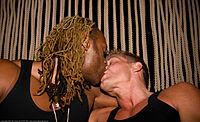 Men kissing4.jpg