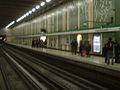 Metro Parque Bustamante.jpg