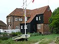 Mill Building at Bosham Quay - geograph.org.uk - 1371461.jpg