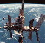 תצלום תחנת החלל מיר