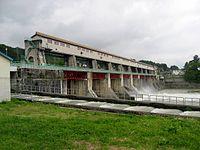 Miyanaka dam discharge.jpg