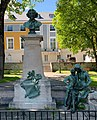Monument à Clovis Hugues (Embrun) en mai 2021 (6).jpg