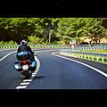 Moto en carretera.jpg