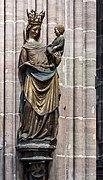 Nürnberg St. Lorenz Schöne Madonna 02.jpg