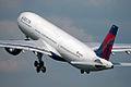 N813NW Delta Air Lines (Northwest) (4645118848).jpg