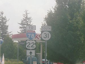New Jersey Route 31 - Route 31 heading southbound towards I-78/US 22 in Clinton