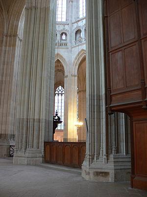 Nantes Cathedral - Image: Nantes Columns