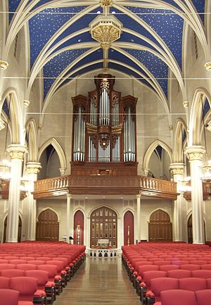 Cathedral of the Assumption (Louisville, Kentucky) - The Cathedral Nave.