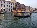 Near Rialto bridge, Venice, Italy - panoramio.jpg