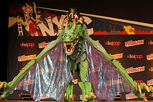 New York Comic Con - Image: New York Comic Con 2014 Dragon Rider (15335764989)