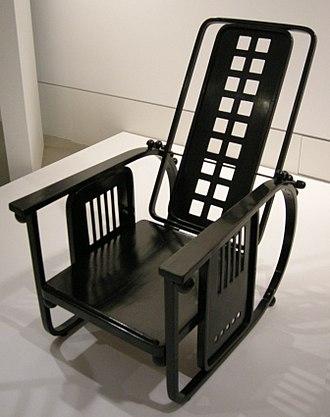 Josef Hoffmann - Sitzmaschine Armchair in black color