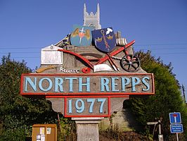 Northrepps Village Sign 23rd Oct 2007.JPG