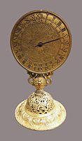 Nuremberg Table monstrance clock.jpg