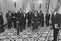 Op Paleis Noordeinde ontvangt koningin Beatrix minister BZ en Defensie WEU, Bestanddeelnr 934-2315.jpg