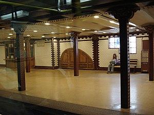Opera (Budapest Metro) - Image: Opera Station Budapest Metro