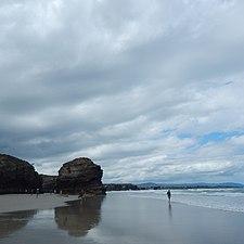 Orillas Playa de Las Catedrales.jpg
