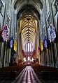 Orléans Cathédrale Sainte-Croix Innen Langhaus Ost 1.jpg