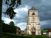 Ouanne-89-bourg-église-09.jpg