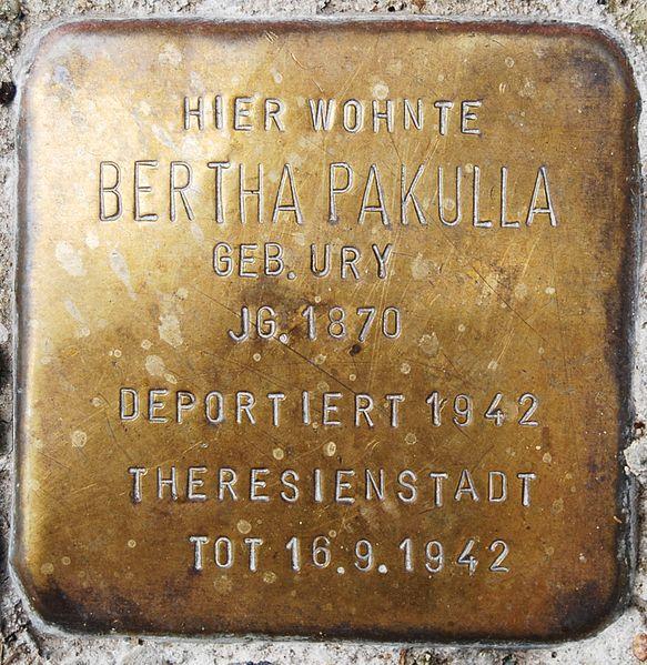 File:Pakulla, Bertha (2).JPG