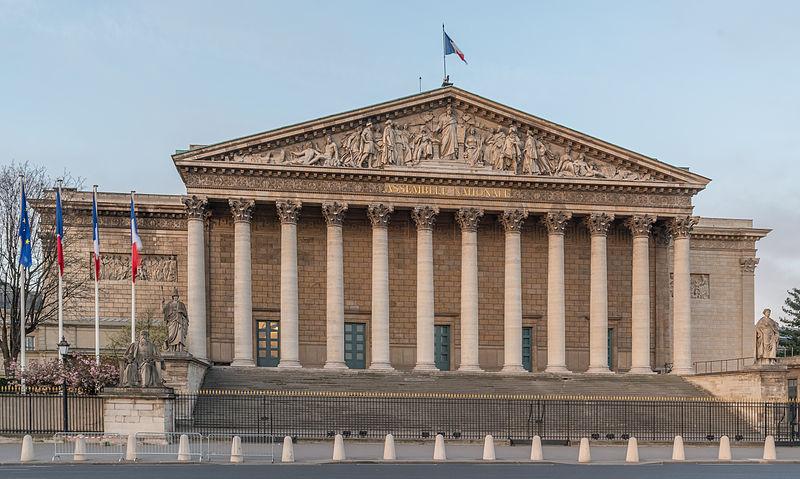 Datei:Palais Bourbon, Paris 7e, NW View 140402 1.jpg
