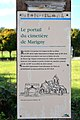 Panneau d'information au cimetière de Marigny à Longues-sur-Mer).jpg