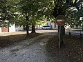 Panneau sens interdit sur la place du village de Sougères-en-Puisaye.JPG