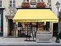 Patisserie Stohrer (Paris).jpg