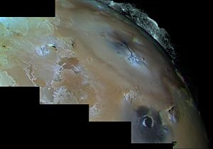 Pele (volcano) - Mosaic of images taken by Voyager 1 of Pele (above right of center) and its filamentary volcanic plume