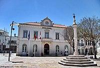 Pelourinho de Vila Franca de Xira - Portugal (28945826318).jpg