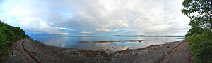 Penobscot Bay - A 180° panorama of the Penobscot Bay from near the Belfast/Searsport town line looking SE. Belfast Bay is to the right, Northport on the peninsula, Islesboro on the center horizon, Castine to the left of that, and toward Stockton Springs and the entrance to the Penobscot River are beyond the trees on the far left.