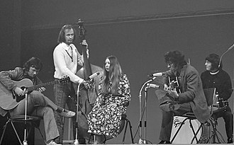 English folk music - Pentangle performing in 1969