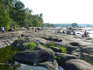 Belle Isle (Richmond, Virginia) - People on the rocks of Belle Isle