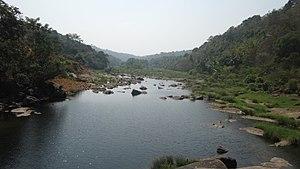 Perunthenaruvi Falls - Image: Perunthenaruvi Pathanamthitta (13)