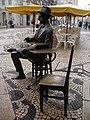 Pessoa Statue 02 (346662462).jpg