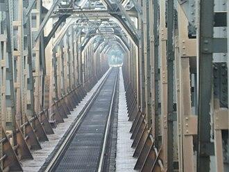 Milan–Bologna railway - Image: Piacenza Ponte sul Po