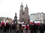 Początek marszu na Rynku Głównym (8720177959).jpg