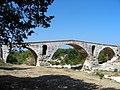 Pont Julien (2).JPG