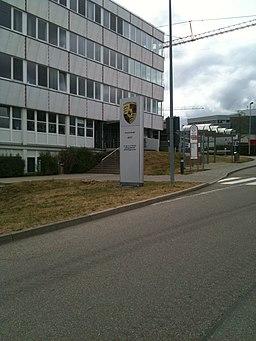 Porschestraße in Weissach