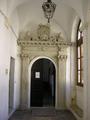 Porta sala consiliare Tricase.png