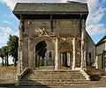 Portail ancien cimetière St Jean de la Chaîne.JPG