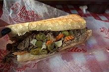 220px-Portillos_Italian_Beef_Sandwich.jp