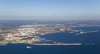 Port of Sines - General view of the port.