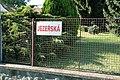 Pozořice, Jezerská, uliční cedule (2943).jpg