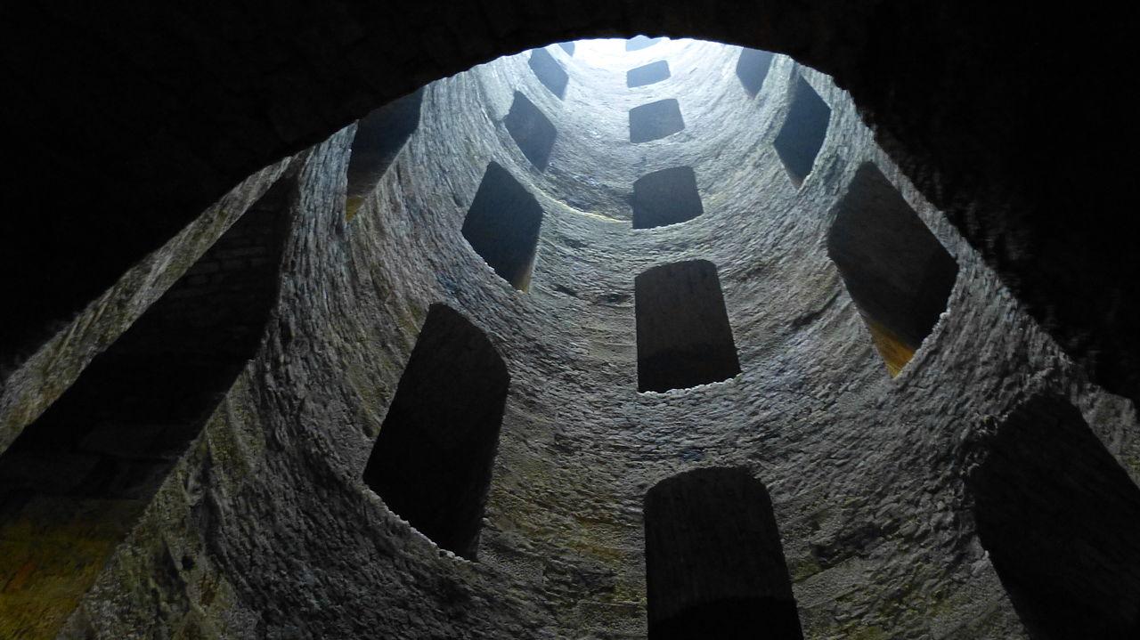 Pozzo di San Patrizio Oriveto.JPG
