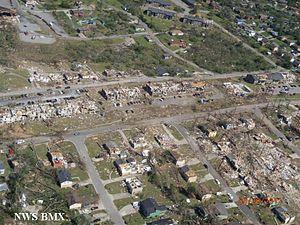 2011 Tuscaloosa–Birmingham tornado - Major damage to homes and apartment buildings in the Birmingham neighborhood of Pratt City.