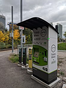 Presto card at Oriole Station (20181011172332).jpg