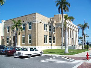 Old Charlotte County Courthouse - A side view