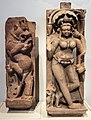 Rajastan, bellezza celeste (apsara, viii secolo) e leone mitico rampante (vyala, viii-ix secolo) 02.jpg